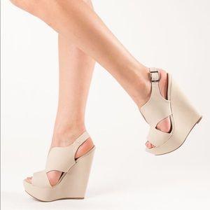 Steve Madden Xander Leather Cream Wedge Heels